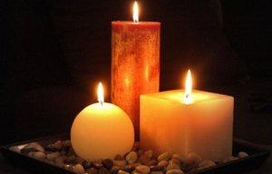 01A9010F02437448-photo-illustration-article-bougies-pour-le-salon